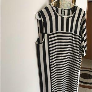 New BCBG MAXAZRIA Dress Size M